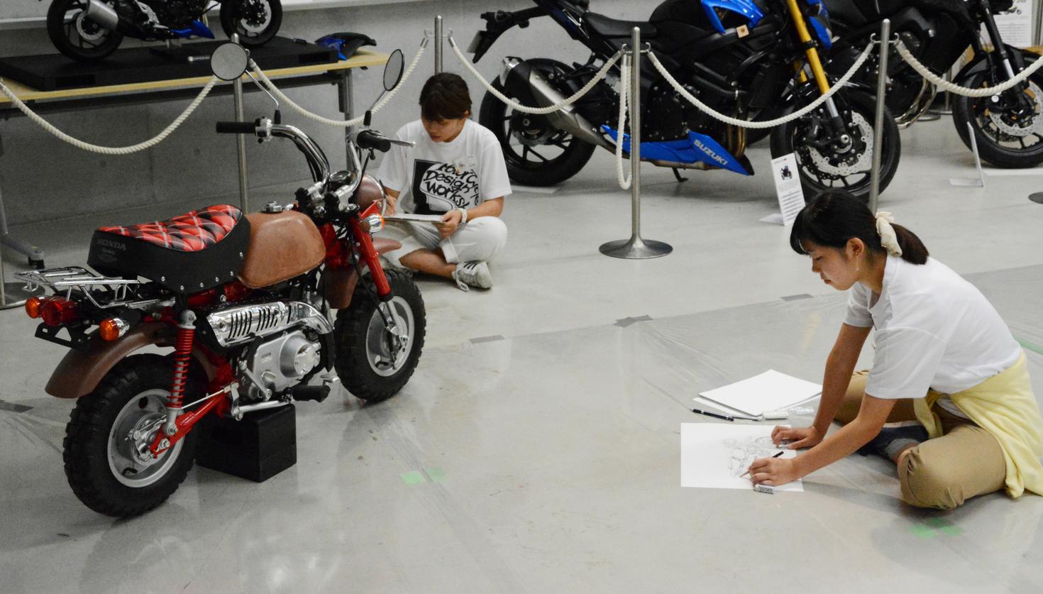 大学1、2年生がオートバイのデザインに挑戦!  二輪デザイン公開講座を覗いてみた