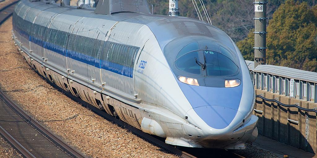 ドイツデザイン界の巨匠が語る「500系新幹線」と「1:1モックアップ」 ノイマイスター氏講演会レポート | TD